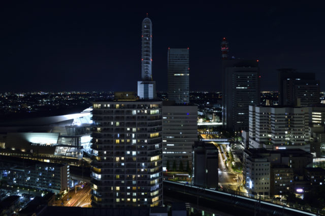 さいたま新都心の夜景を撮影。AF-S Nikkor 24-70mm f/2.8E ED VR