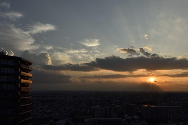 9月14日の夕日、AF-S Nikkor 24mm f/1.4G EDで撮影