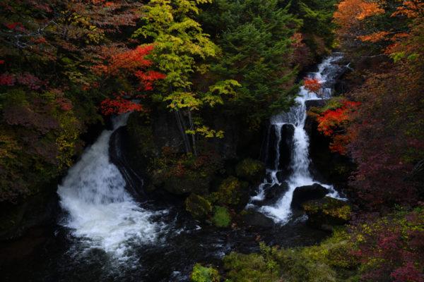 竜頭の滝、AF-S NIKKOR 28mm f/1.4E EDで撮影。
