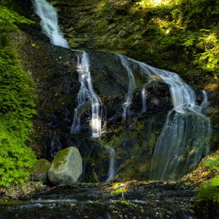 縁結びの滝、2段目迄