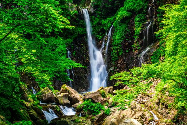荒沢、裏見の滝を撮影